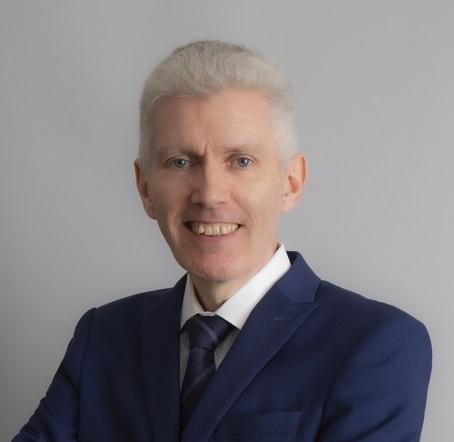 Struan McKay Managing Director, RGF Executive Search Japan